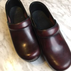 Dansko Leather Balance Clogs